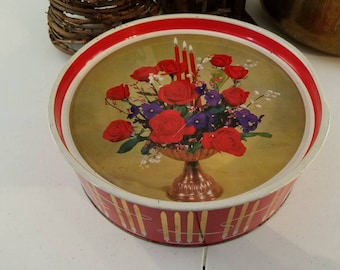 Wm. Crawford & Sons Biscuit Tin Red Flowers