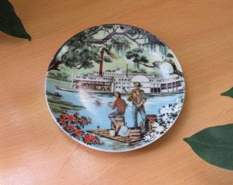 Mini Plate THE SOUTH Riverboat, 4 inch Avon American Portraits Plate Collection 1985, Vintage Collectible Plate
