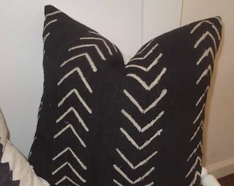 "Black Mud cloth 18"" pillow cover Off white arrows mudcloth pillow zipper"