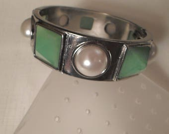 CLAMPER BANGLE / Bracelet / Jade Green / Pearl / Silver / Bejeweled / Retro / Designer-Inspired / Couture / Runway / Fashionista / Accessory