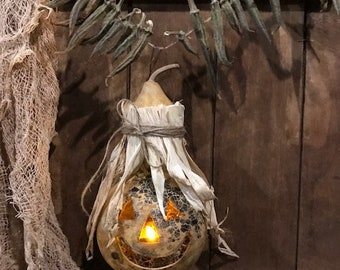 Primitive Dried Gourd Scarecrow Hanging Lantern Light Early Look Grubby Homestead Cupboard Tuck Fall Harvest #3