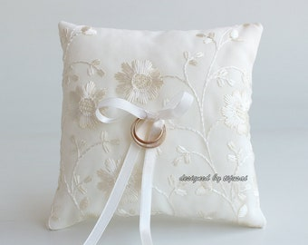 Ivory lace wedding ring bearer pillow-ring bearer, ring cushion, ready to ship