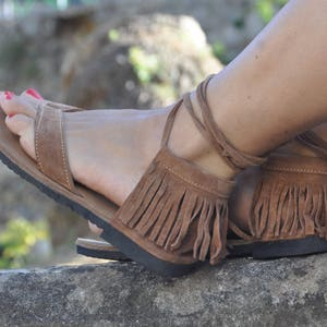 Camel Suede Leather Sandals, Fringe Hippie Leather Sandals, Thong Camel  Sandals, Flat Sandals
