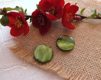 Set of 2 Bead 20 mm OLIVE green mother of Pearl flat