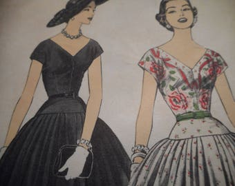 Vintage 1950's Advance 7024 Dress Sewing Pattern Size 18 Bust 36