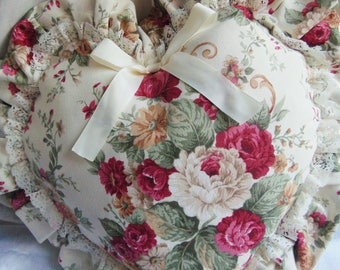 Pillow Heart with flowers red hue
