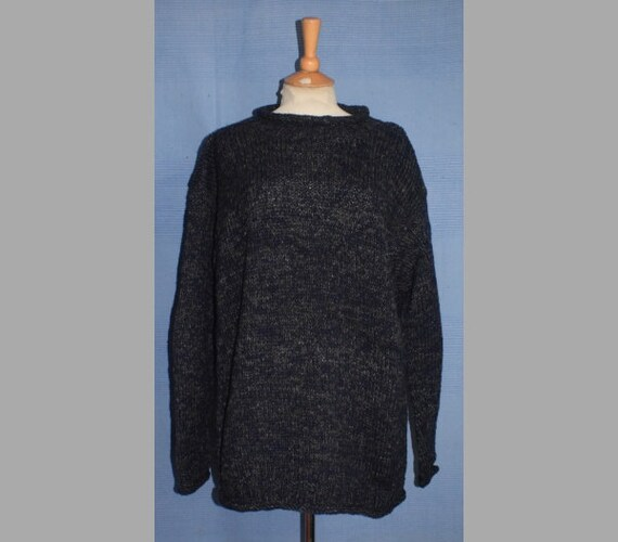 Hand knitted Pure Wool Jumper from Nepal - rainbow intertwined wool fjVuit