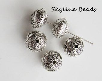 Beautiful Tibetan Style Beads, Antique Silver, Flat Round,16mm x 12mm - Lead Free, Cadmium Free, Large stylish beads