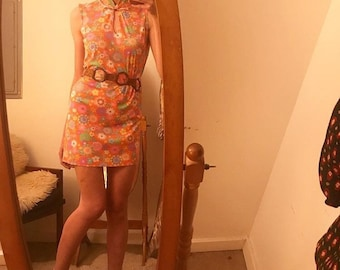 Vintage Psychedelic Mini Dress Seventies 1970s Size Medium