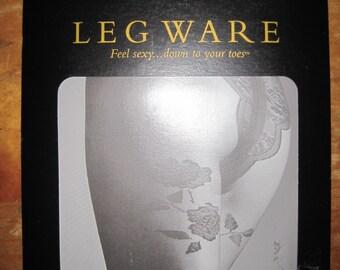 FREDERICK'S of HOLLYWOOD Leg Ware Whie PANTYHOSE Sz Large