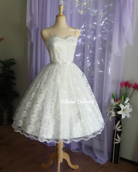 Molly Retro Style Wedding Dress. Tea Length Vintage Design.