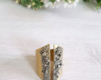 Pyrite Ring Mineral Ring Statement Ring Statement Jewelry Adjustable Ring for Women Wide Band Gold Ring Modern Ring Raw Stone Ring Dynamo