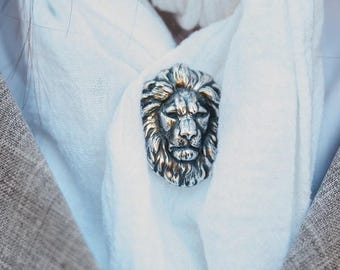 Bronze Steampunk Tie Tack, lapel Pins with Lion Head is the Perfect Accessory for Groomsmen and Groom of Your Steam punk Wedding