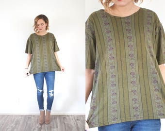 Vintage BOHO olive green blouse // floral green shirt // army green blouse // oversized top // boxy top large shirt // oversized fall blouse