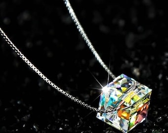 Simple square crystal necklace