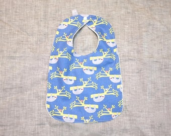 bib baby toddler gift sloth newborn / eco friendly / organic cotton bamboo / baby shower gift / rainforest animals / unisex / blue