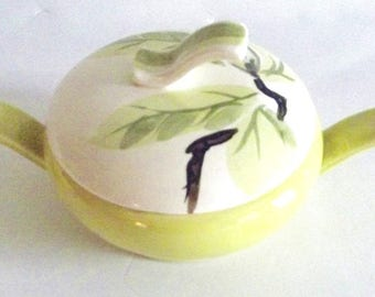 Beautiful Vintage Mid Century Modern Red Wing Magnolia Chartreuse Sugar Bowl With Lid