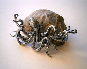 Octopus Brooch, Badge, Tentacle, Steampunk, Pewter