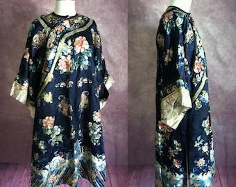 Vintage Antique Embroidered Silk Japanese Kimono | Robe | Jacket