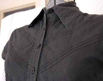 Black V short sleeve shirt