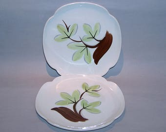 8349: Vintage Continental Kilns Pottery Woodleaf SET 2 Salad Luncheon Plates Mid Century Dinnerware Pottery at Vintageway Furniture