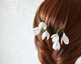 Snowdrop wedding hair pin Winter gift Woodland wedding Spring flower Bridal hair accessories Wedding hairpiece White flower Flower for hair