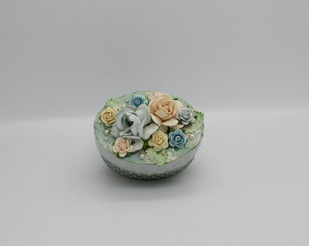 Cute little paper box in aqua with paperroses