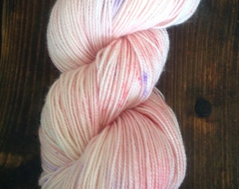 Hand dyed, Sock yarn, Indie dyer, Bluefaced Leicester, 4ply sock yarn, Cherry Blossom Twister Speckle Sock Yarn,