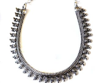 Silver Fringe Necklace,Paisley BIB Necklace,CHOKER,Kutchi Jewelry,Temple necklace, Tribal,Ethnic flare,Gift ,Vintage Jewelry Taneesi ZN137P