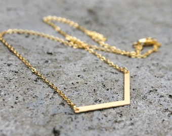 Little Chevron Necklace // Gold or Silver // Minimal Necklace // Layering Necklace // Geometric Necklace // Open V Necklace // Everyday