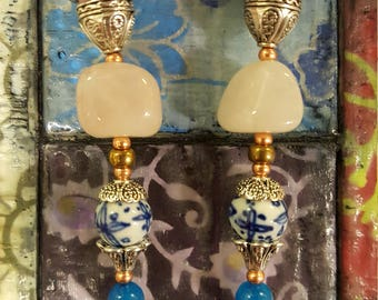 Rose quartz floral motif dangle earrings