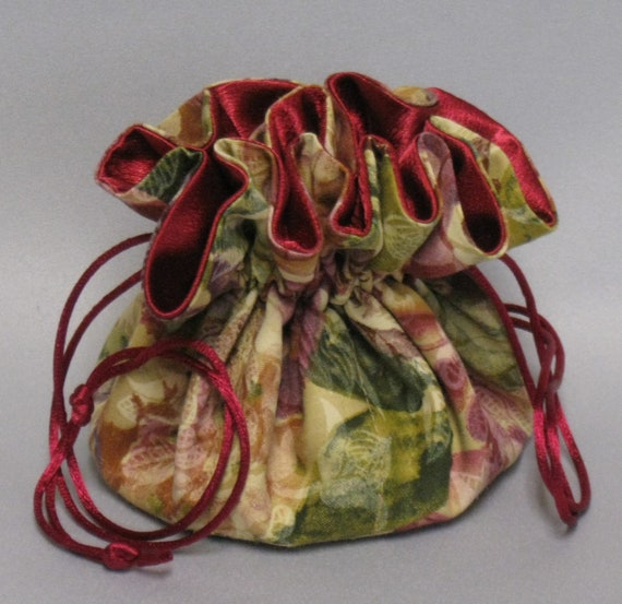 JewelryTravel Tote---Drawstring Organizer Pouch---Burgundy Rose Floral--Regular Size