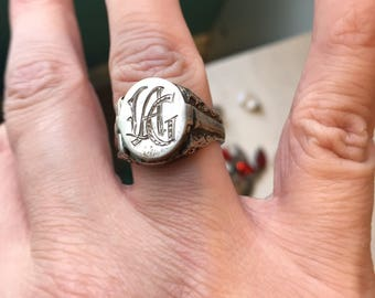 Locket Ring - Sterling Silver - Vintage