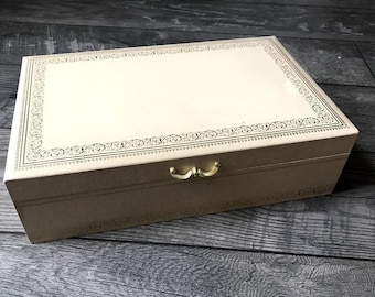 Vintage Mele Cream Designed Box, Jewelry Box, Vintage Jewelry Box Gold/Yellow Velvet Lining, With Silky Pockets, Gifts For Her, Mother's Day