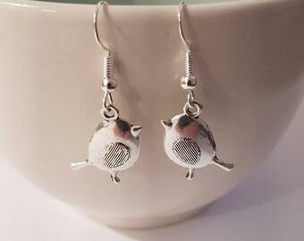Christmas earrings, Robin earrings, Festive earrings, Robin jewelry, holiday earrings, gifts for her, stocking stuffer, bird earrings