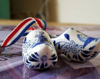 "Vintage ""Delft"" Blue-White Pair if Ceramic Miniature Dutch Clogs!"