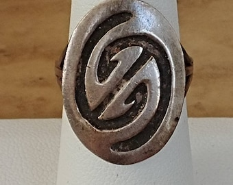 Beautiful Sterling Silver Mexican Ring SZ 7.5