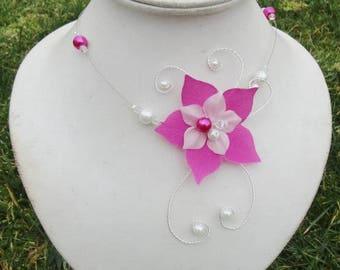 Bridal necklace - bridal necklace - flowers of silk and glass beads - white (or ivory) and fuchsia - Fuchsia - Czech Crystal beads