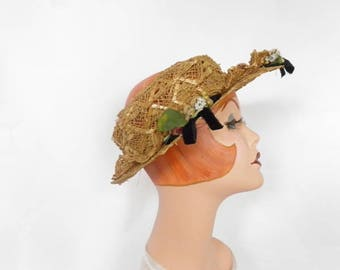 1930s straw hat, vintage poke with flowers