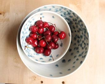 Nesting bowls Gray ceramic bowls Organic degradé decorations Wheel thrown pottery - Ready to ship