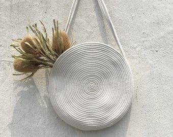 Circle rope market tote bag with shoulder strap