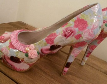 Cupcake inspired decoupage shoes
