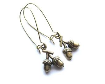 Acorns Kidney Wire Earrings