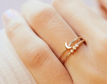 Crescent moon ring - Gold moon ring - Stacking ring - Dainty ring - Minimalist ring - Moon ring - Dainty jewelry - Minimalist jewelry