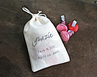 "Wedding favor bags, set of 50 personalized muslin bags.  Italian ""Grazie"" design. Jordan almond favors. Bridal shower, party favor bags."