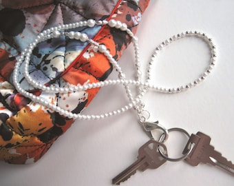 Pearl Badge Lanyard, ID Holder, ID Badge Necklace, Badge Holder, ID Lanyard, White Pearl Lanyard, Beaded Lanyard, Lanyard with Badge Holder