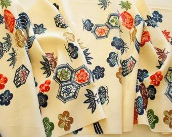 Japanese Kimono Fabric | Cream Stream  | Vintage | Silk| Panel | Patchwork