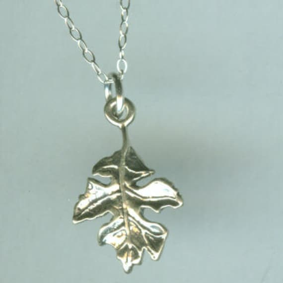 Sterling silver oak leaf pendant and chain 3d sterling silver oak leaf pendant and chain 3d aloadofball Choice Image