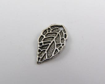 Set of 5 charms leaf 16 mm