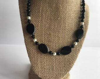 Black and Pearl Beaded Necklace